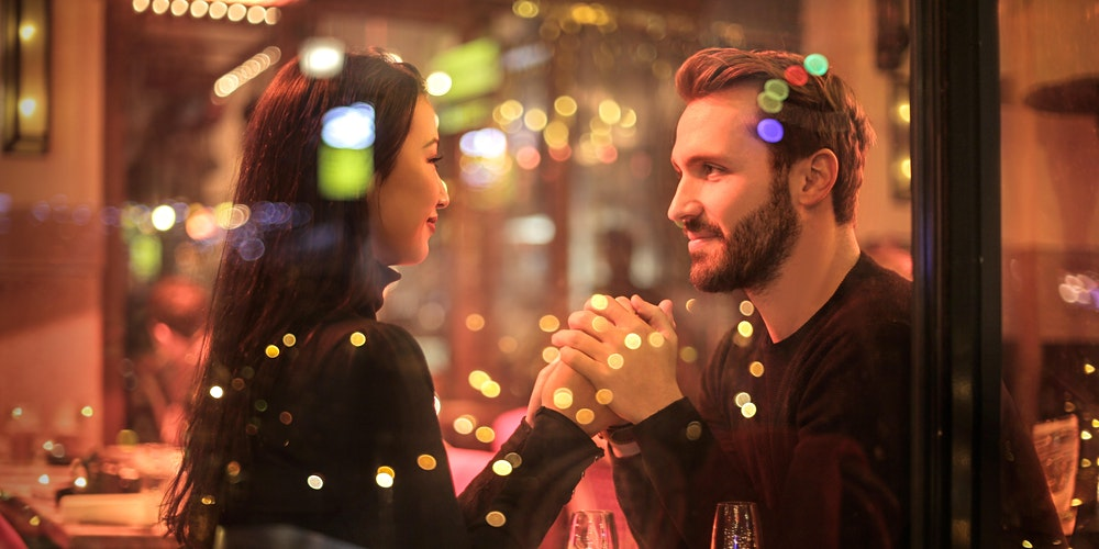 8 Simple Tips To Get A Guy Interested Whilst Talking To Him